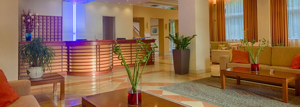 clean hotel lobby