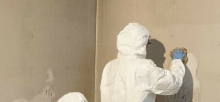 soot cleaning walls