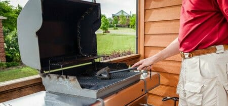 cleaning grill summer
