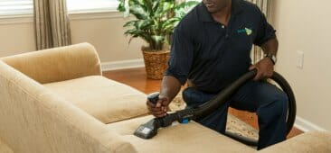 upholstery cleaning chicago services
