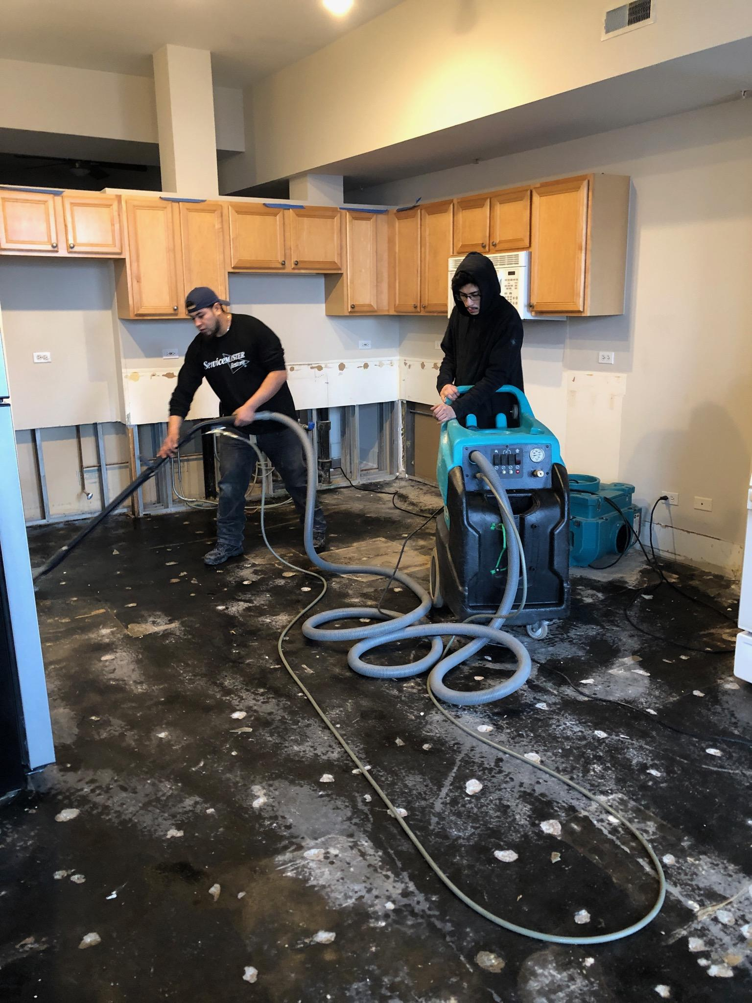 Water Damage Restoration Services Chicago, IL