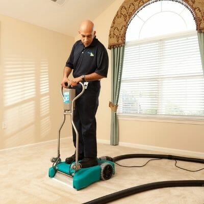 residential carpet cleaning service in chicago house