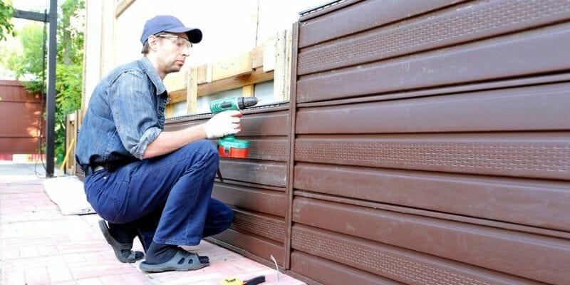 repairing leaky vinyl siding