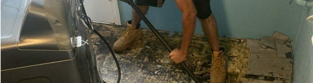 plumbing leak cleanup